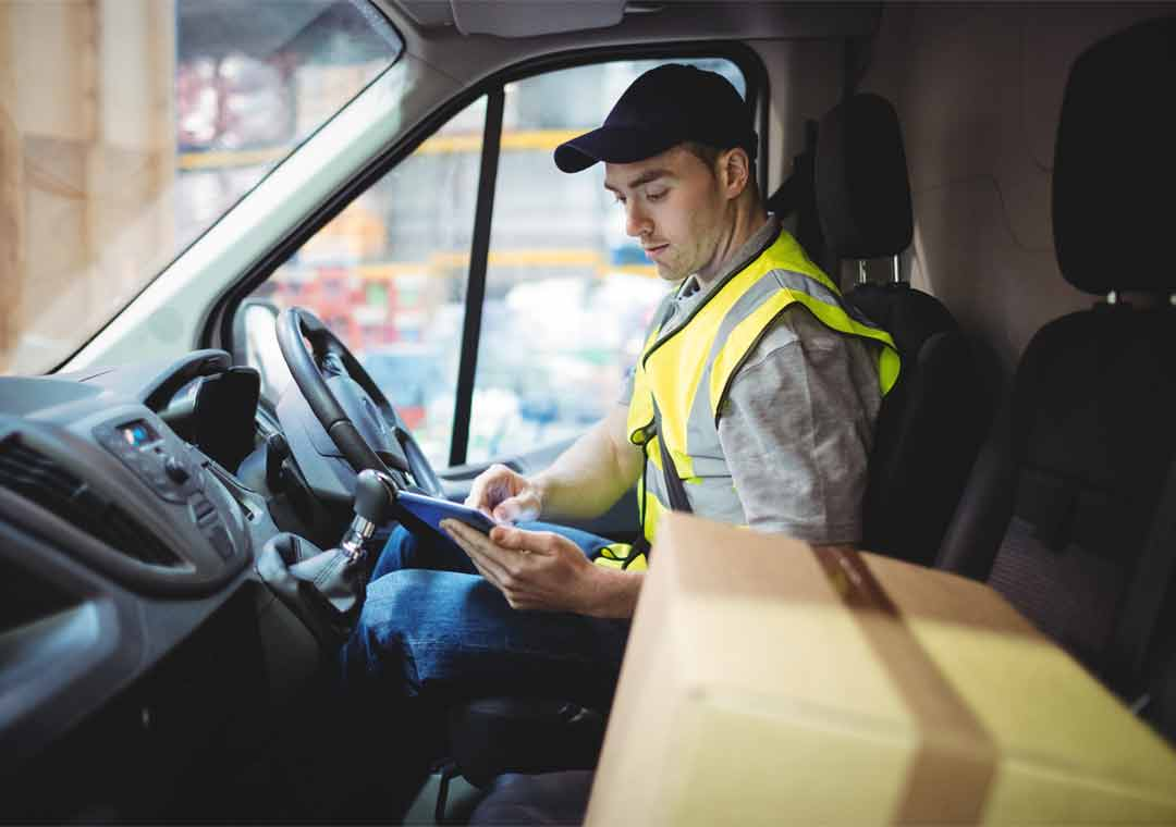 Delivery drivers and warehouse staff needed urgently